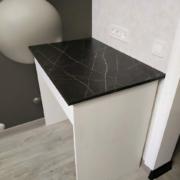 столик в дополнительную рабочую зону кухни